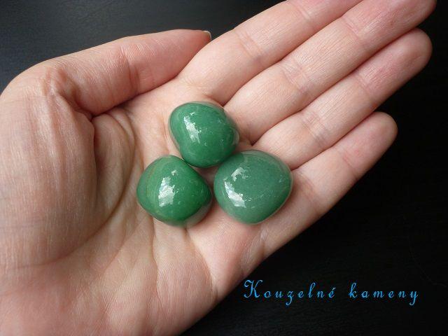 avanturín zelený kámen vel. M