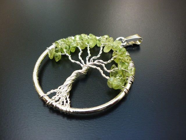 Olivín přívěsek strom života