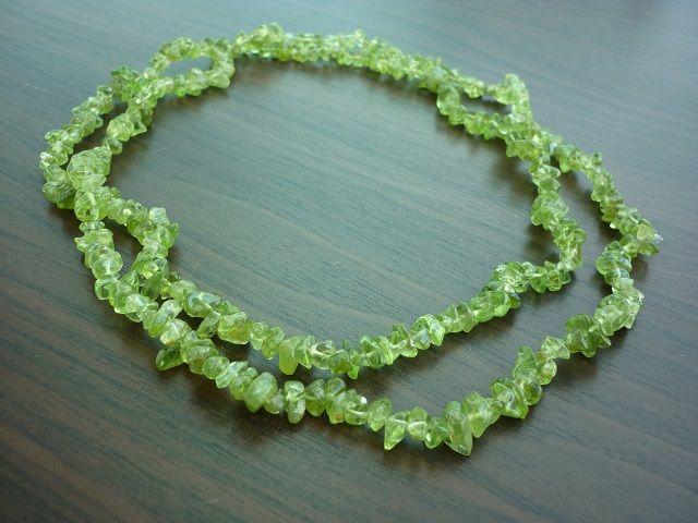 Olivín náhrdelník dlouhý