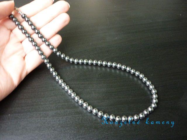 Hematit náhrdelník kuličky 6 mm